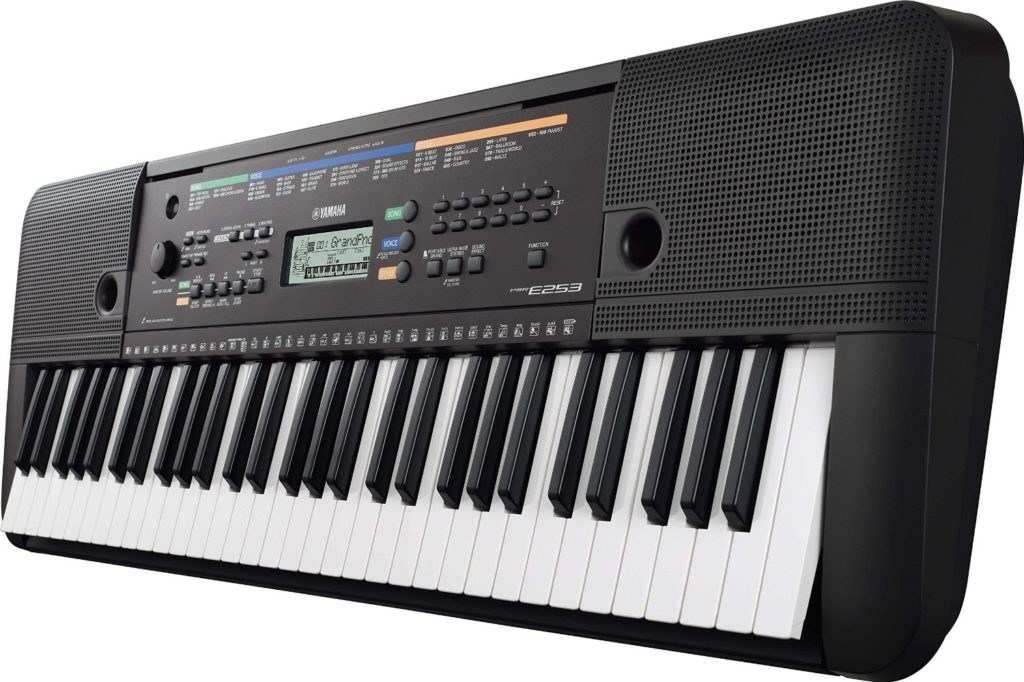 Yamaha PSR-253 keyboard